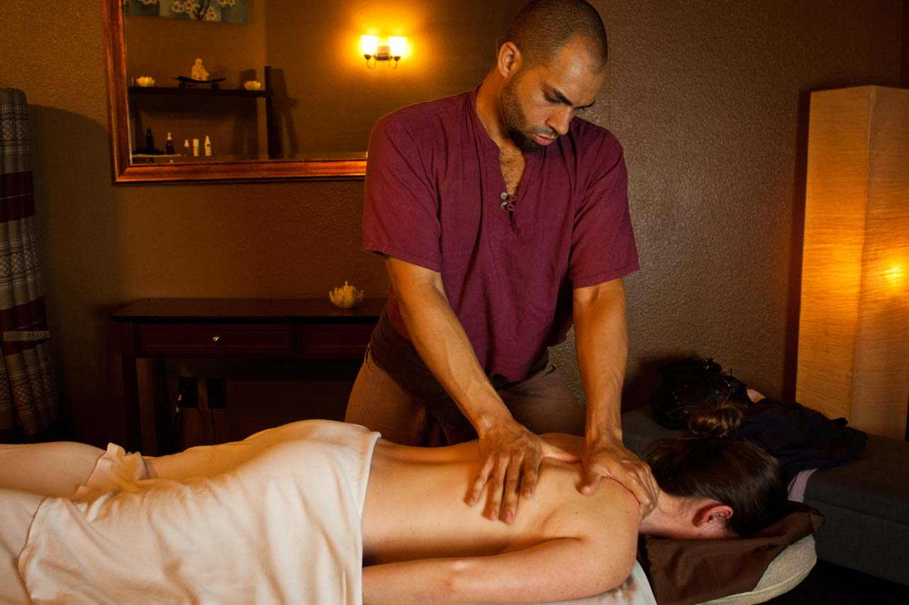 Our team deluca massage